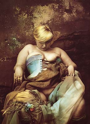 a-white-blonde-woman-1985