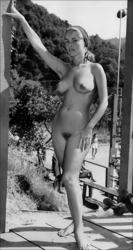 дети время ретро фото женщин голых эту точку нежно