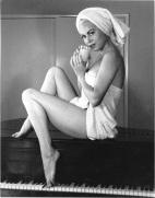 Jeanne Carmen - towel0002